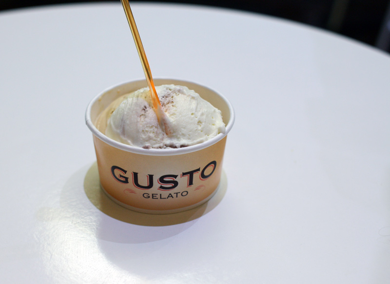 Gusto-Gelato-White-Chocolate